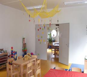 Salas de aula, escritorio e Guaritas